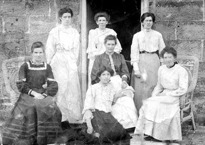 Thurlow Girls c 1905
